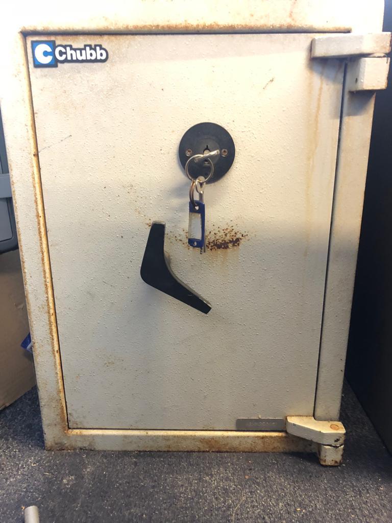 163 1000 Rated Used Thomas Locks